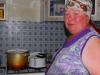 Kalima laittaa ruokaa