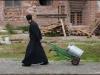 munkarna gillar inte fotografer