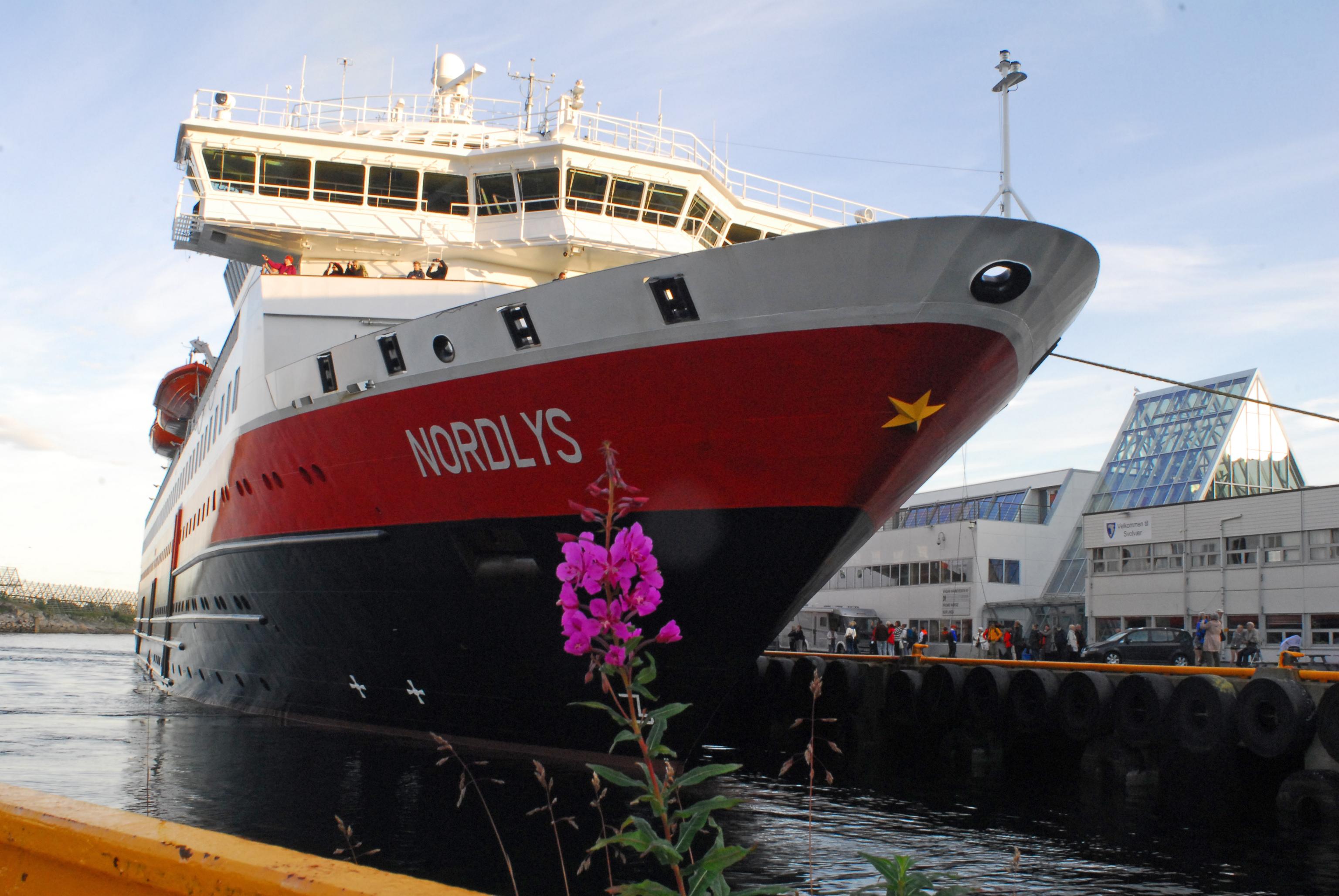 Nordlys har anländ till Svolvaer